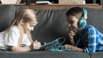 Polyglutt skola – en flerspråkig pedagogisk boktjänst för F-3