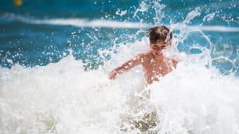 Ett uppfriskande och säkert bad vid Kataloniens kust: stränder och vikar som väntar på att du ska njuta av ett härligt dopp