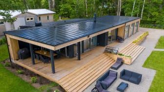 Lindab SolarRoof på arkitektritad villa i Västerås.