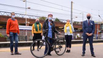 Nurse Jane O'Connor receives her refurbished station bike - 2