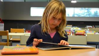 Lindesbergs kommun har fått bidrag för att bland annat tillsammans med barnen förändra barn- och ungdomsavdelningen på stadsbiblioteket.