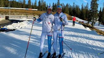 Jentene på årets lag: Silje Øyre Slind (t.v.) og Elena Rise Johnsen. (Foto: Ola Kvisle/Team Norconsult)