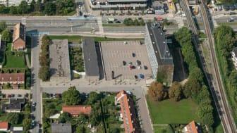 Området ved den gamle politistation i Buddinge, hvor det nye Sundheds- og Beskæftigelseshus skal etableres.(Foto: Gladsaxe Kommune)