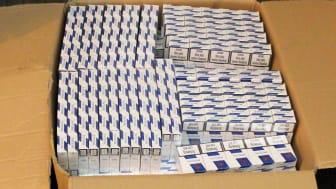 SE 18.16 Box of cigarettes