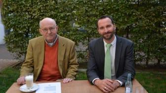 Prof. Dr. Klaus Eberhard, Geschäftsführer des Galerie Hotels Leipziger Hof und Kurator der Sammlung und der Galerie und Bill Apel, Hoteldirektor (v.l.)