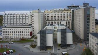 Den lokala sjukvårdsledningen vid Norrlands universitetssjukhus har beslutat att gå ner från stabsläge.