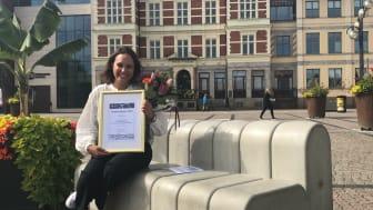 Joanna Lundsmark, förstelärare på Fröknegårdskolan, låg och mellanstadium, tog emot arbetsmiljöpriset på 25 000 kronor.