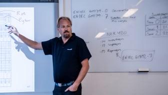 Sverre Isaksen, seniorinstruktør
