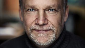 Martin Widmark är Sveriges mest produktiva och mest utlånade barnboksförfattare. Den 15 april medverkar han i Litteralund. Foto: Thron Ullberg