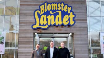 Blomsterlandet anlitar Wavemaker. På bilden, från vänster: Pier Zigante från Wavemaker, Stephan Andersson från Blomsterlandet och Patrik Andersson, Wavemaker.
