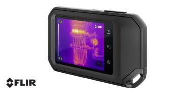 Den professionella värmekameran C5 från FLIR har en 3,5-tums pekskärm och passar perfekt i fickan tack vare sin kompakta storlek. Fotokälla: FLIR