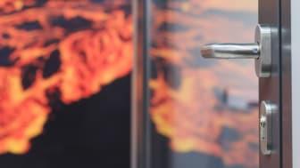 Brandschutz spielt bei der Sicherheit an Fenster und Tür eine wichtige Rolle. Foto: Aumüller Aumatic GmbH