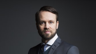 Mattias Ribbing ny pressbild 2