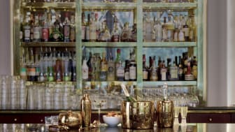 Not only for perfectly cooled drinks: Sambonet Bar Selection in Cognac - a shiny eyecatcher for every bar.