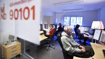 Minds nystartade Självmordslinje tog emot 22 000 samtal under sitt första verksamhetsår, visar en ny rapport.
