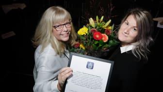 Estrella AB och Vägen ut! Lärjeåns Kök & Trädgårdar tilldelas priset Nyttigaste Affären 2017