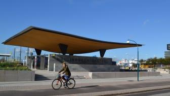 Ny cykel-p och entré söder om Knutpunkten