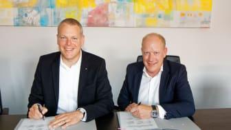 Gemeinsam für den flächendeckenden Glasfaserausbau im Kreis Viersen: Landrat Dr. Andreas Coenen und Deutsche Glasfaser Geschäftsführer Peter Kamphuis