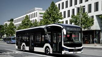 Lion's City E, en fuldt operationel elektrisk bus, fejrede sin debut på IAA messen i Hannover i 2018. Masseproduktionen vil starte på MANs Starachowice fabrik i 2020.