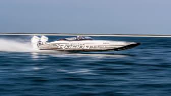 Den nye konkurrencemotor 450R er designet til FART
