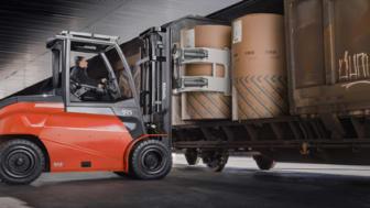 Toyota lanserar den nya elektriska motviktstrucken för tunga arbeten, Traigo80