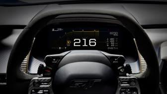 HELDIGITALT:  Dashbordet i nye Ford GT er heldigitalt og skifter avhengig av kjørestil eller underlag, Det skal etter hvert også flere Ford-modeller få.