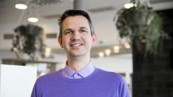 Joeri van Laere, lektor i informationssystemutveckling på Högskolan i Skövde forskar om vad som händer när betalsystemen kraschar. Foto: Högskolan i Skövde