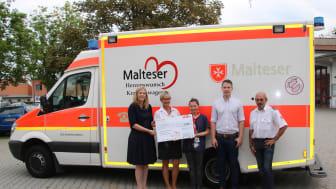 """E.ON-Mitarbeiter unterstützen Malteser Hilfsdienst e.V. 5.000 Euro aus Hilfsfond """"RestCent-Spende"""" für Herzenswunsch-Krankenwagen übergeben"""