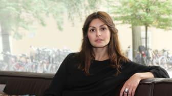 Noemi Ivanova, badrumsinredare och driver sajten Badrumsdrömmar