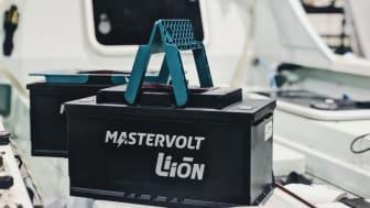 Fischer Panda UK has supplied ocean rower Gareth Reynolds with two Mastervolt MLI-E 12/1200 Lithium Ion batteries