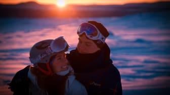 Par ute på skoteräventyr Foto: Martin Iversen