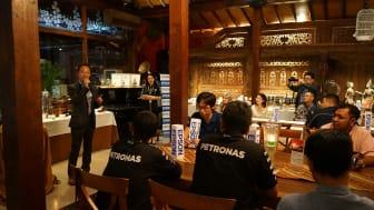 Kata Sambutan oleh Shimizu Tomoya, Director of Epson Indonesia