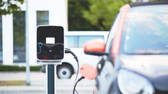 Ny rapport om elbilsbatteriers klimatpåverkan