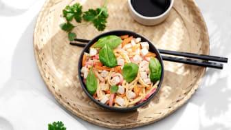 "Hetki Kana-nuudelisalaatti ""Miso"" on tuulahdus Japanista."