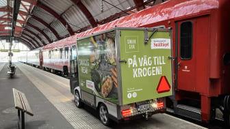 Leverans av mat till Snälltågets bistrovagn