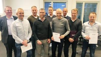 Andra klassen i Instalcoskolans företagsledarprogram har tagit examen.