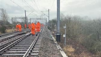 Network Rail engineers on site at Hillmorton