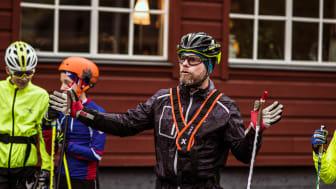 Jonas Lindqvist, tränare Funäsdalens IF, utanför hotell Fjällgården i Ramundberget.