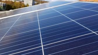 80 solpaneler har installerats på HSB Skånes hyresfastighet kv Klostervallen på Nordanväg i Lund.