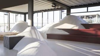 Utställningen i Stockholm Under Stjärnornas glashus uppe på taket vid Brunkebergstorg inleder Stockholm Design Week. Bild: Tarkett