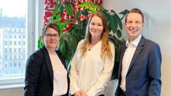Helena Elfwing, ansvarig kundkommunikation, Anna Rosén affärsutvecklare och Christian Bengtzelius, föreningschef på Riksbyggen.