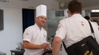 Niklas Pallgren, köksmästare på konferensanläggningen Kämpasten. Fotograf: Tommie Stagling