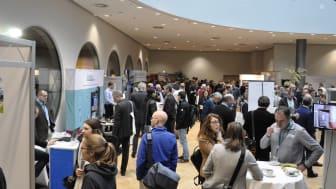 Die begleitende Fachausstellung zeigt neue Produkte und Lösungen aus allen Bereichen des Schadstoffmanagements. Foto: B+B Bauenim Bestand