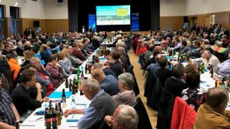 Großer Andrang beim Infoabend im April 2019: Rund 400 Eppertshäuser informierten sich über das Glasfaserprojekt von Deutsche Glasfaser und ENTEGA in ihrer Gemeinde. (DG)