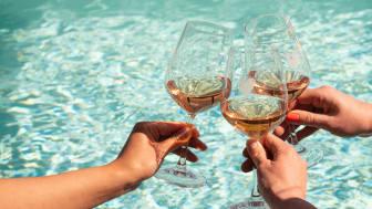 Djupdyk i rosé på The Winery Hotel i sommar!