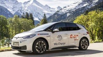 Hankooks nya vinterdäck i*cept evo 3 på turné genom Tyskland tillsammans med VW ID.3 för att testa landets nätverk av snabbladdare