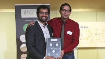 (v.l.) Dr. Dave Sircar und Robin Huq, Gründer von Rollando, freuen sich über die Auszeichnung