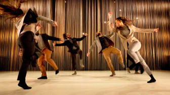 Dansföreställningen Oüm
