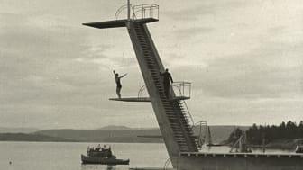 Ingierstrand på 1930-tallet. Stillbilde fra Verden Rundt (Oslo byarkiv / Nasjonalbiblioteket)