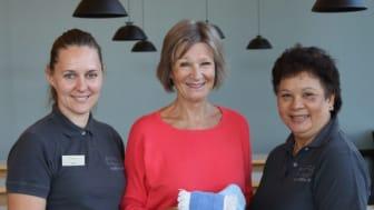 Fra venstre: Liene Caune, Nina Fuglesang og Ninning Johansen er strålende fornøyd med svanemerkingen